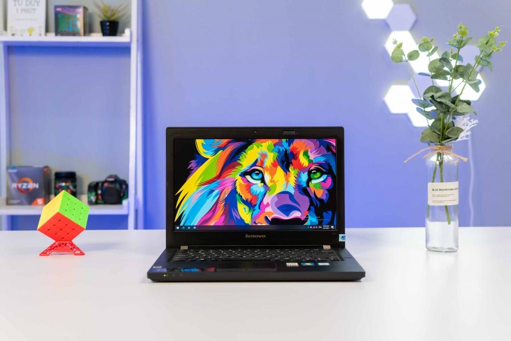 Laptop Lenovo IdeaPad 3 15ADA05 81W100USVN