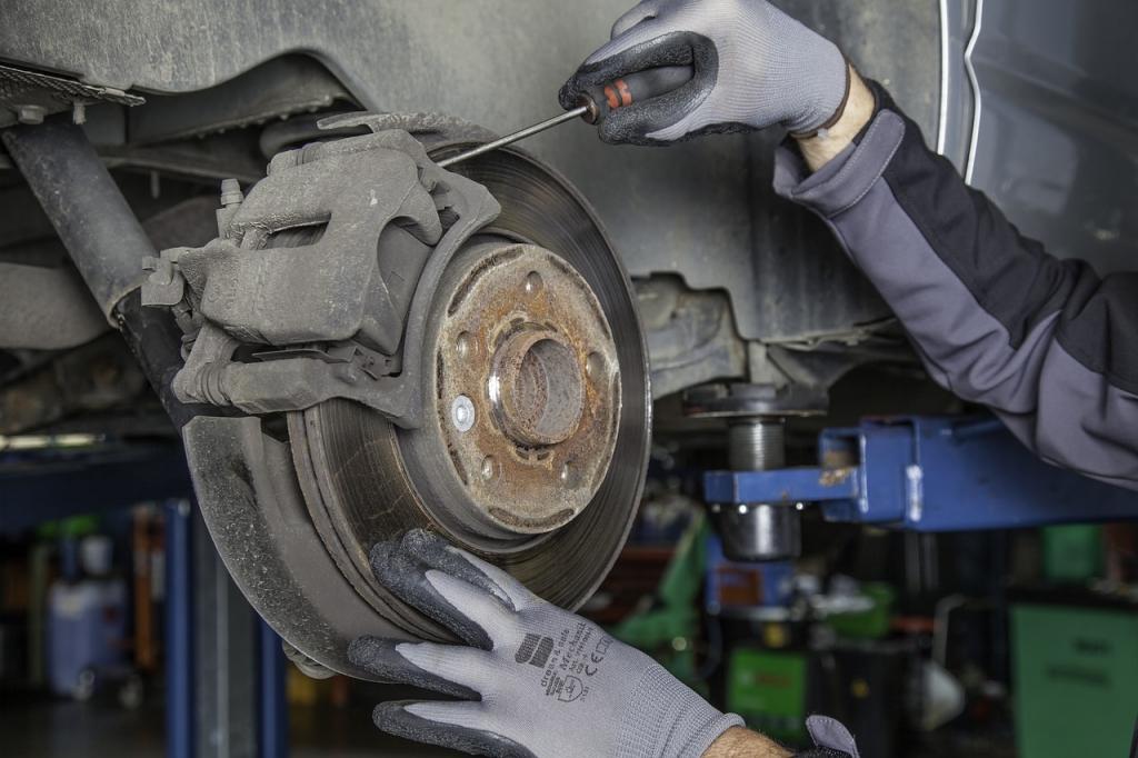 Thợ cơ khí sẽ làm việc chủ yếu với các thiết bị, dụng cụ, máy móc