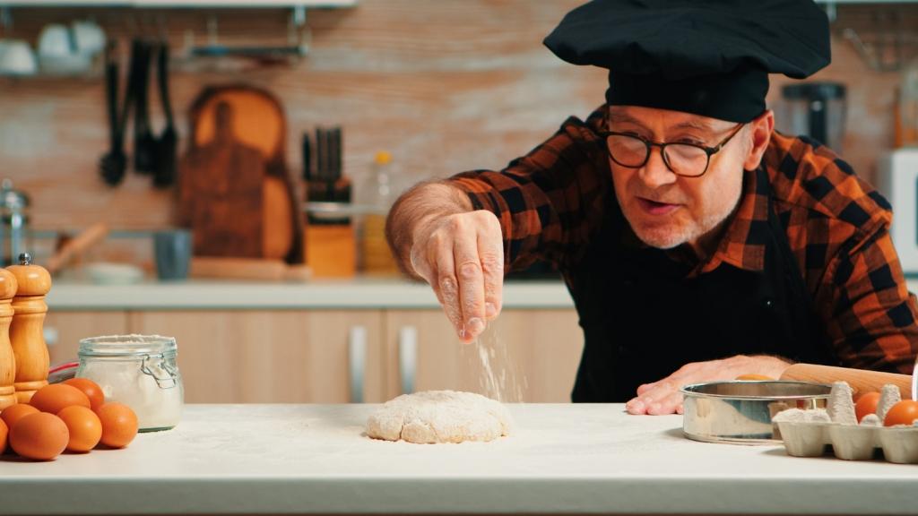 việc làm phụ bếp