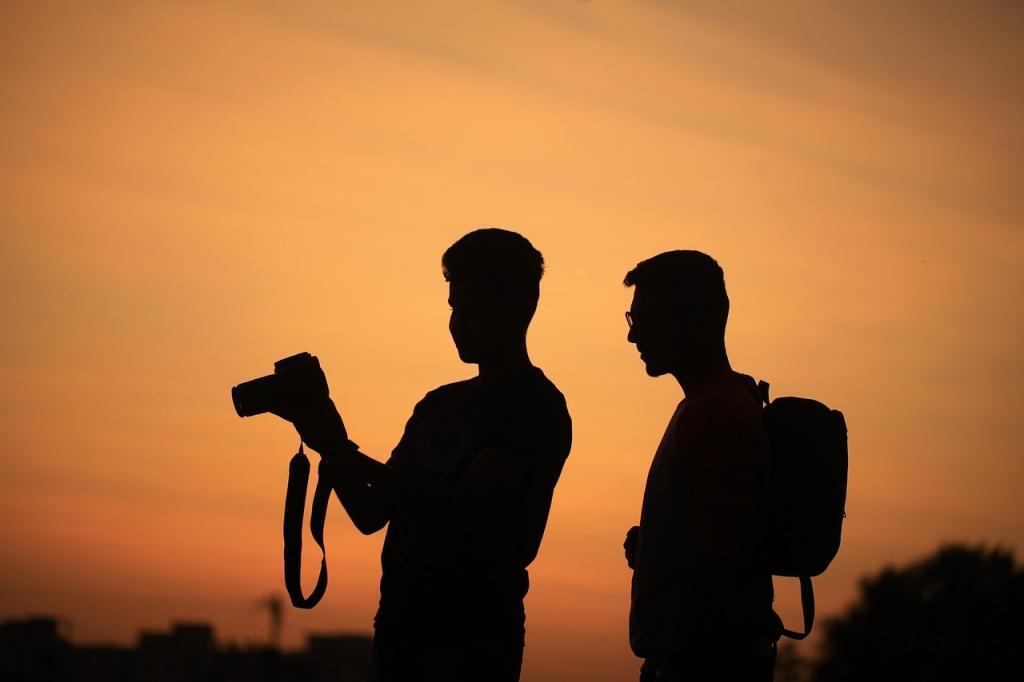 Thợ chụp ảnh tin tức, sự kiện sẽ phải di chuyển khá nhiều