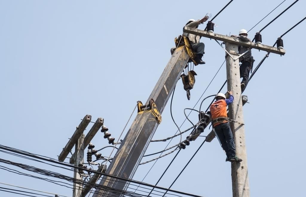 Những công việc của thợ điện là gì? Thu nhập bao nhiêu?